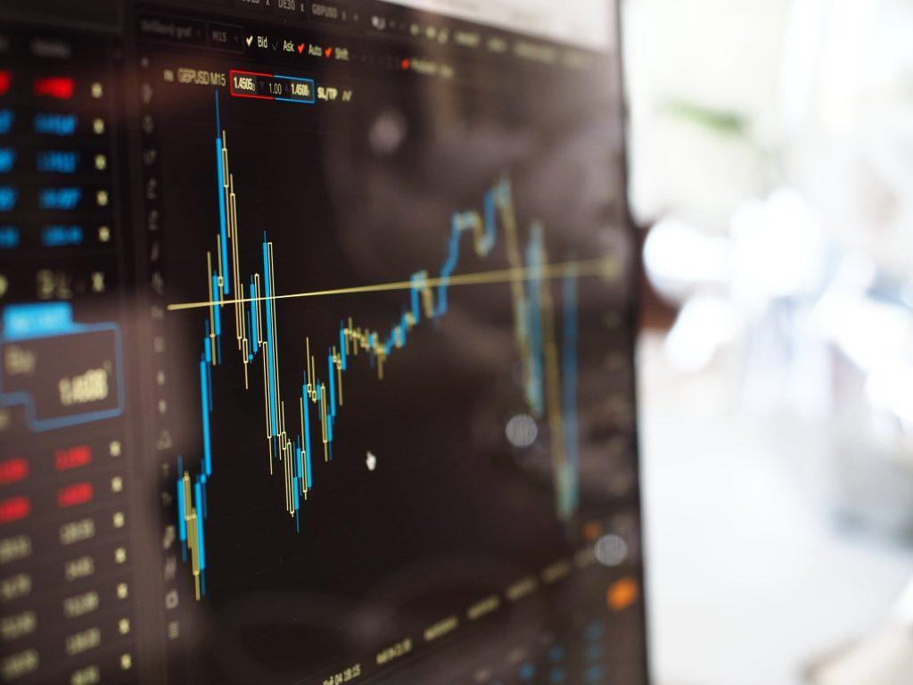 Cours cryptomonnaie - Plusieurs facteurs influencent le marché